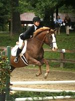 Zoe flint jump.jpg?ixlib=rails 2.1