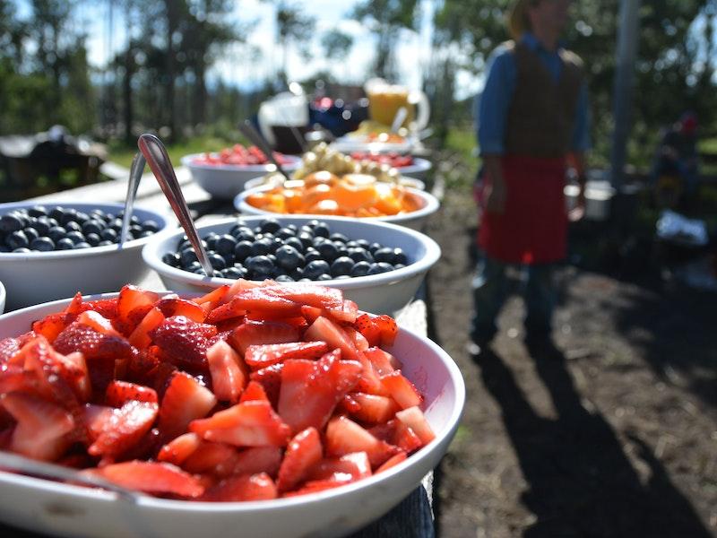Fresh fruit during the breakfast ride.jpg?ixlib=rails 2.1