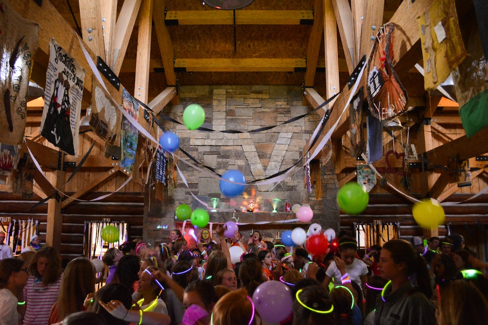 Party in the dining hall.jpg?ixlib=rails 2.1