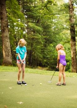 Golf at keystone summer camp for girls.jpg?ixlib=rails 2.1