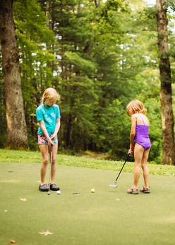 Golf at keystone summer camp for girls.jpg?ixlib=rails 2.1