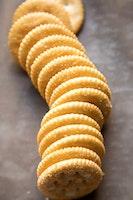 Addicting baked seasoned ritz crackers 2 700x1050.jpg?ixlib=rails 2.1
