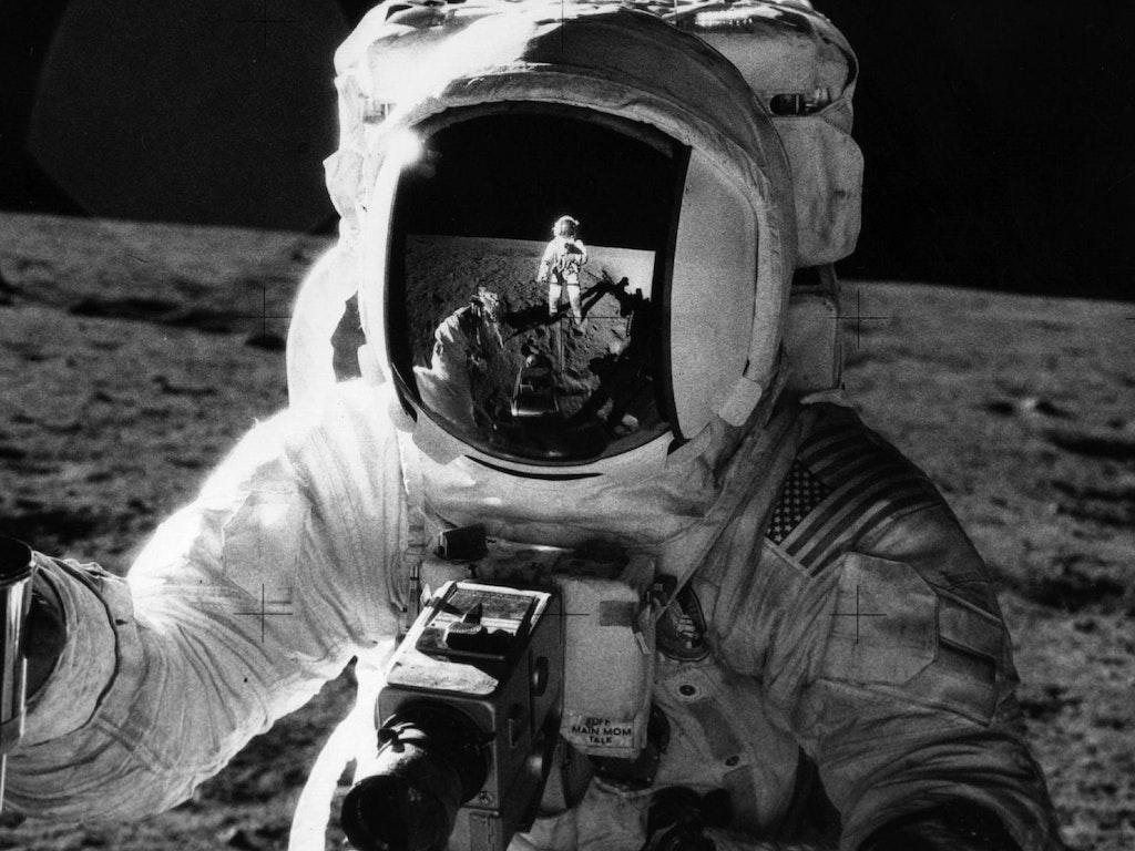 Apollo 12 Return & Splashdown