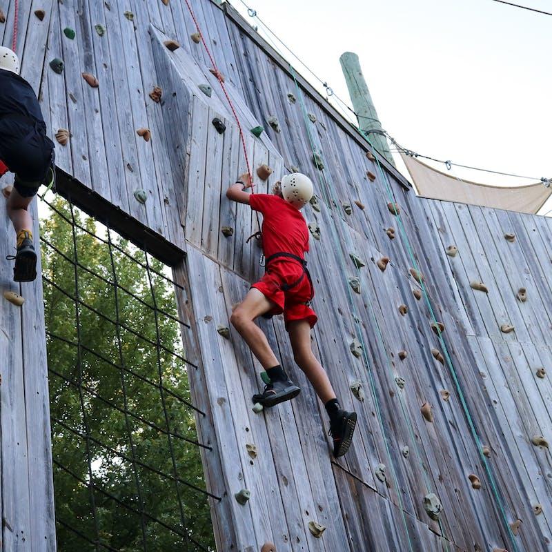 Great camp jobs best summer climbing jobs 2.jpg?ixlib=rails 2.1