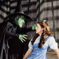 Margaret hamilton 1902   1985 as the wicked witch and judy garland 1922   1969 as dorothy gale in the wizard of oz 1939 photo by silver screen collectionhulton archivegetty images2.jpg?ixlib=rails 2.1