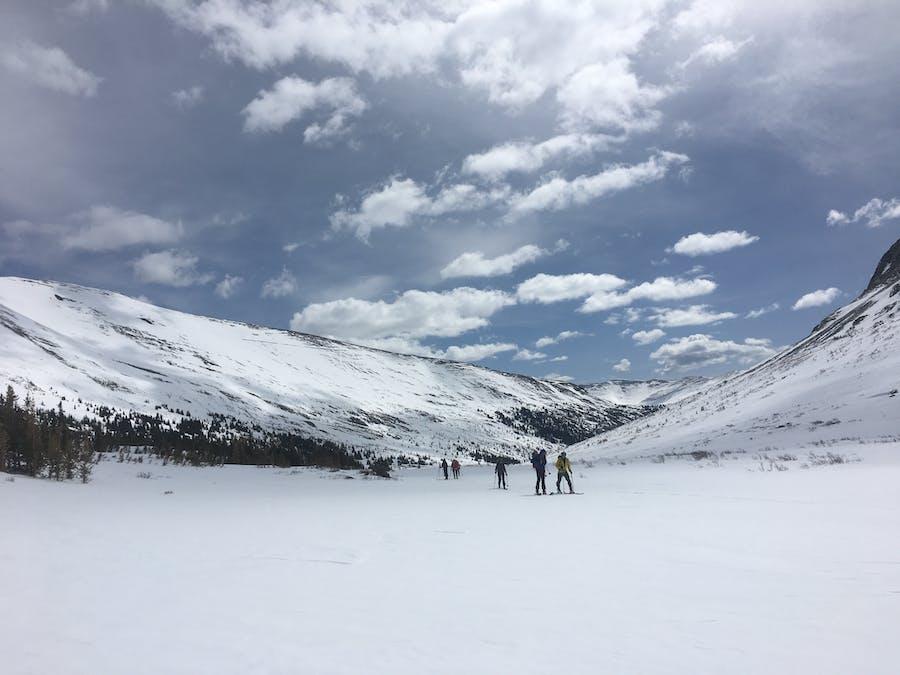 gap  skiing  mosquito large view.jpg?ixlib=rails 2.1