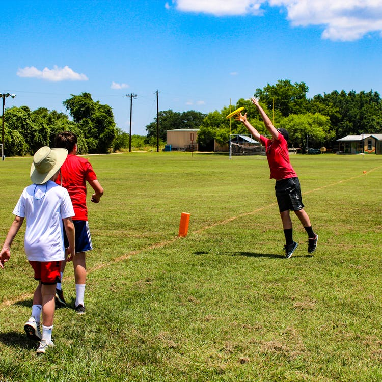 Camp champions central texas summer camp frisbee ultimate.jpg?ixlib=rails 2.1