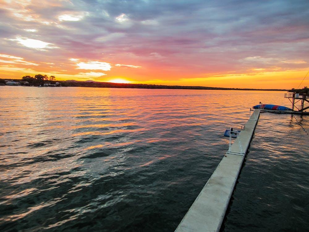 Waterfront sunset  1 .jpg?ixlib=rails 2.1