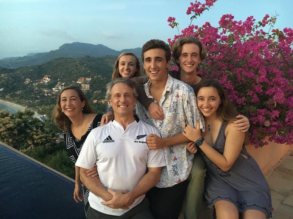 Mexico family.jpg?ixlib=rails 2.1