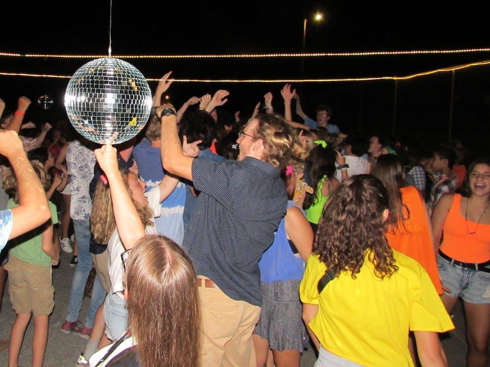 Program vista summer camp in ingram hunt texas evening program.jpg?ixlib=rails 2.1