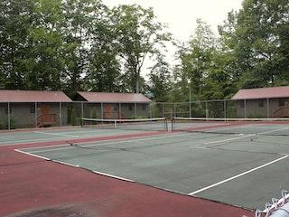 Tennis court.jpg?ixlib=rails 2.1