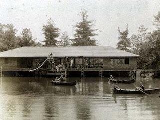 Tawa docks.jpg?ixlib=rails 2.1