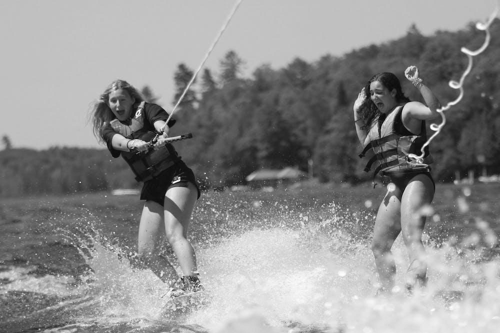Raquette lake girls camp dual waterskiing.jpg?ixlib=rails 2.1