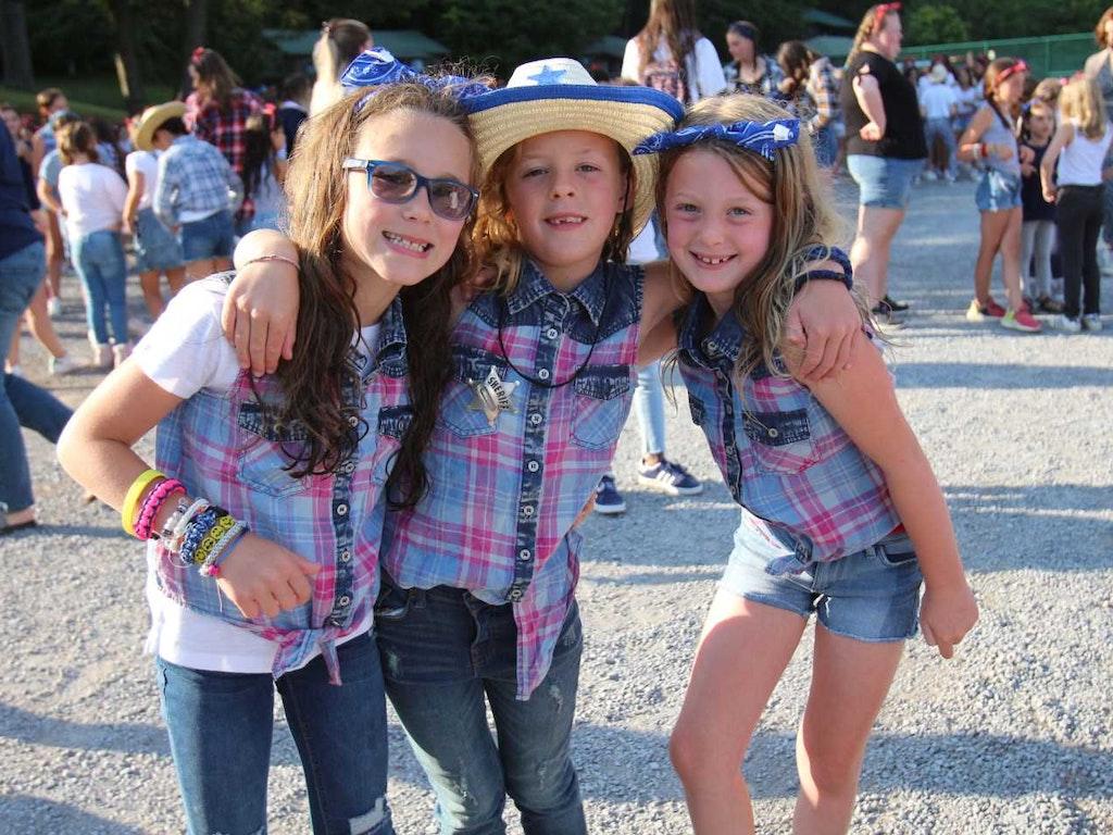 Howdy Cowgirls!